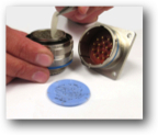 The EESeal® and the mating connector can be cleaned with Isopropyl Alcohol if desired.